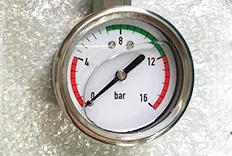 顶部接口的全钢充油压力表成功案例